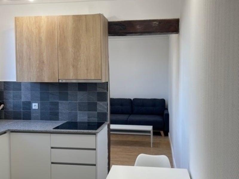Location appartement Villeneuve le roi 780€ CC - Photo 4