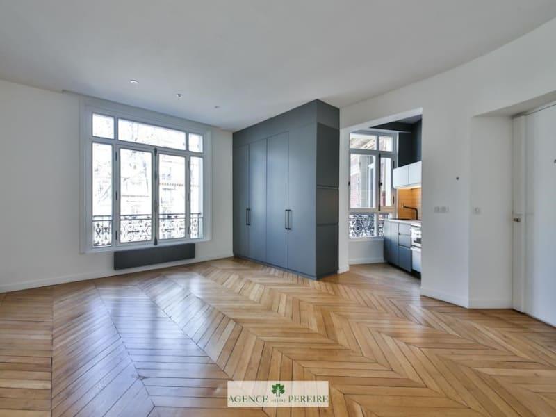 Vente appartement Paris 17ème 800000€ - Photo 1