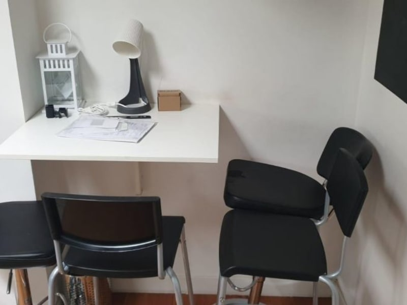 Location appartement Paris 17ème 950€ CC - Photo 2