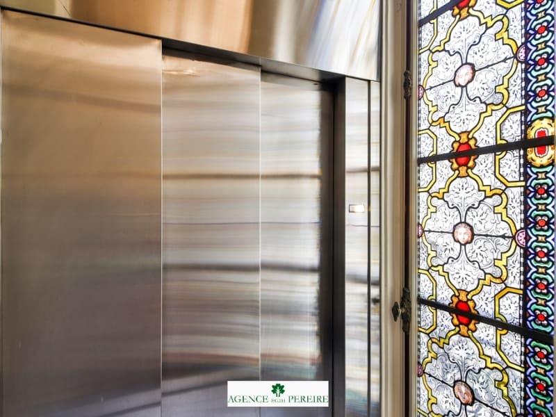 Location appartement Paris 8ème 2057€ CC - Photo 9