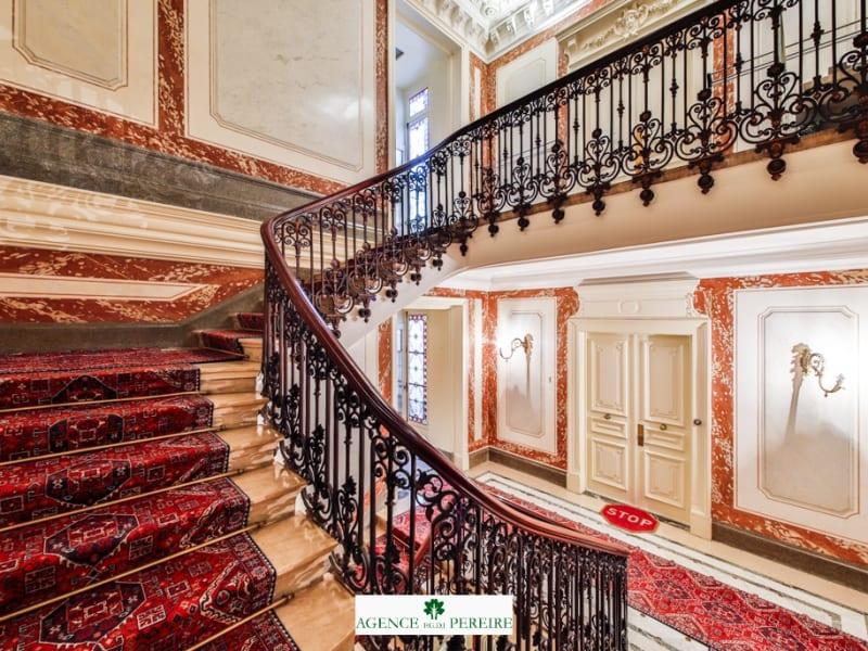 Location appartement Paris 8ème 2057€ CC - Photo 10