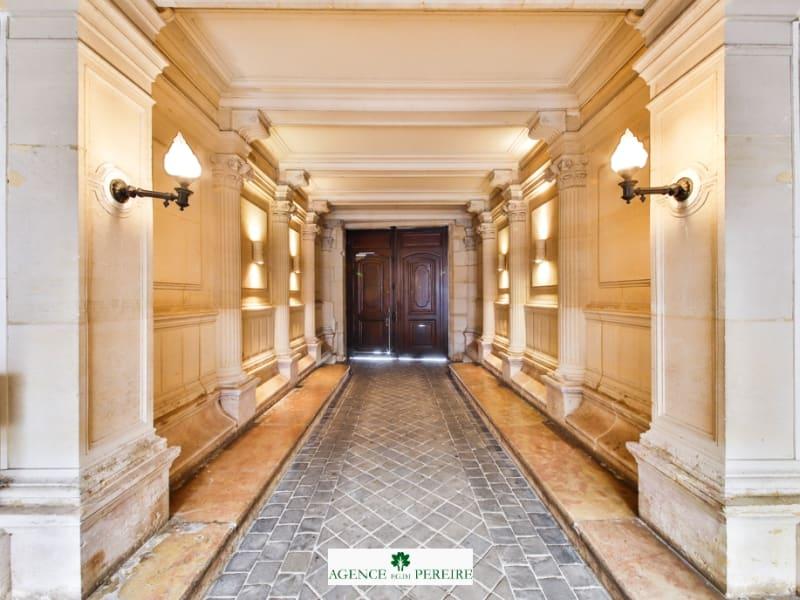 Location appartement Paris 8ème 2057€ CC - Photo 12