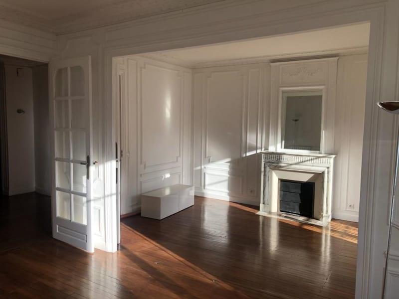 Location appartement Paris 17ème 2300€ CC - Photo 2