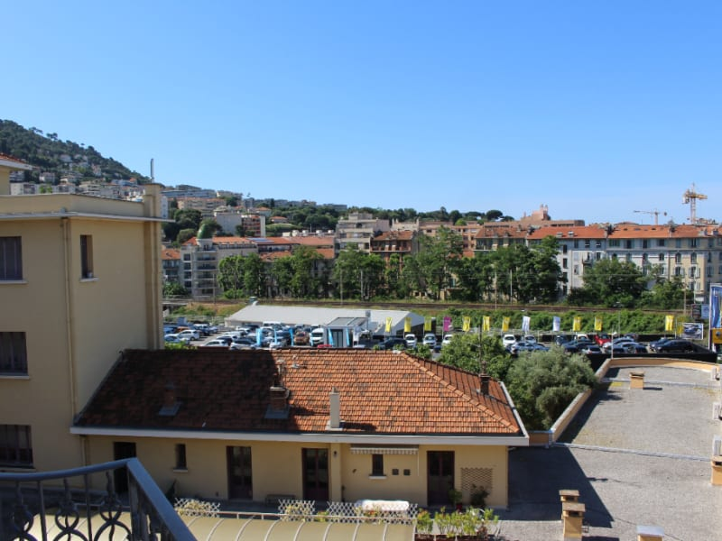 Sale apartment Nice 399000€ - Picture 4
