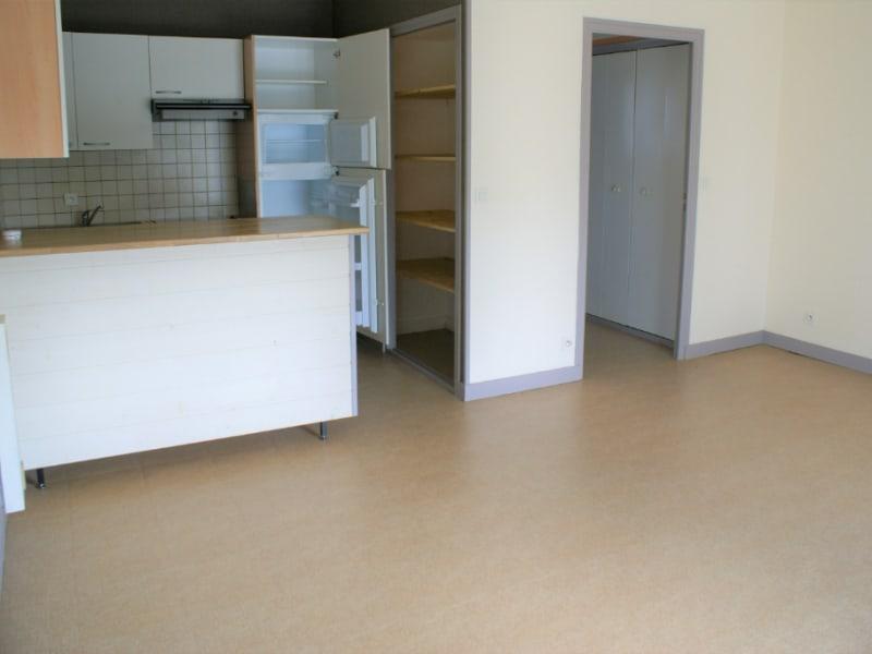Rental apartment Quimperle 380€ CC - Picture 2