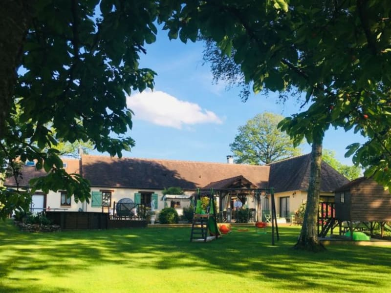 Sale house / villa Lisieux 378000€ - Picture 1