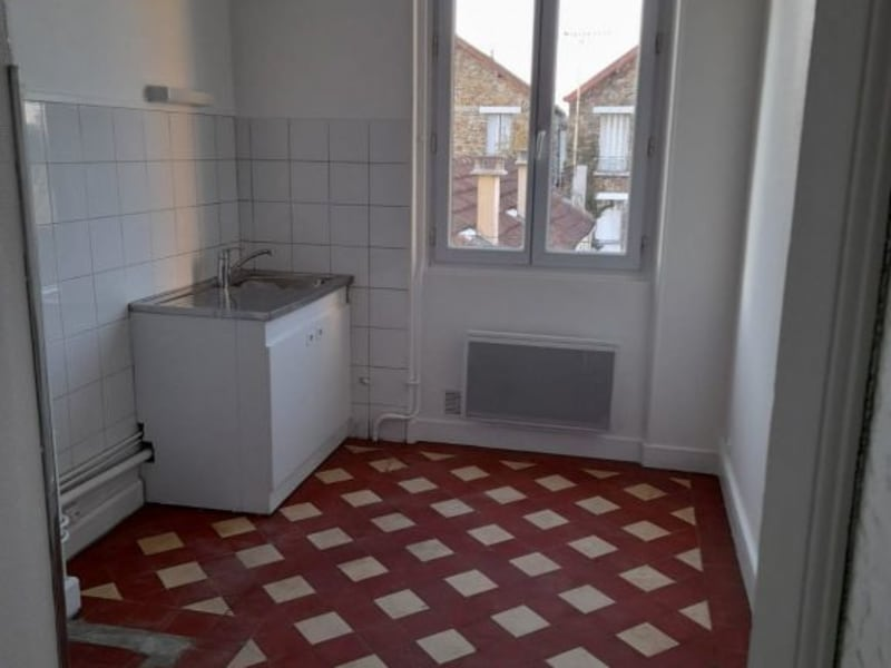 Rental apartment Villemomble 895€ CC - Picture 2