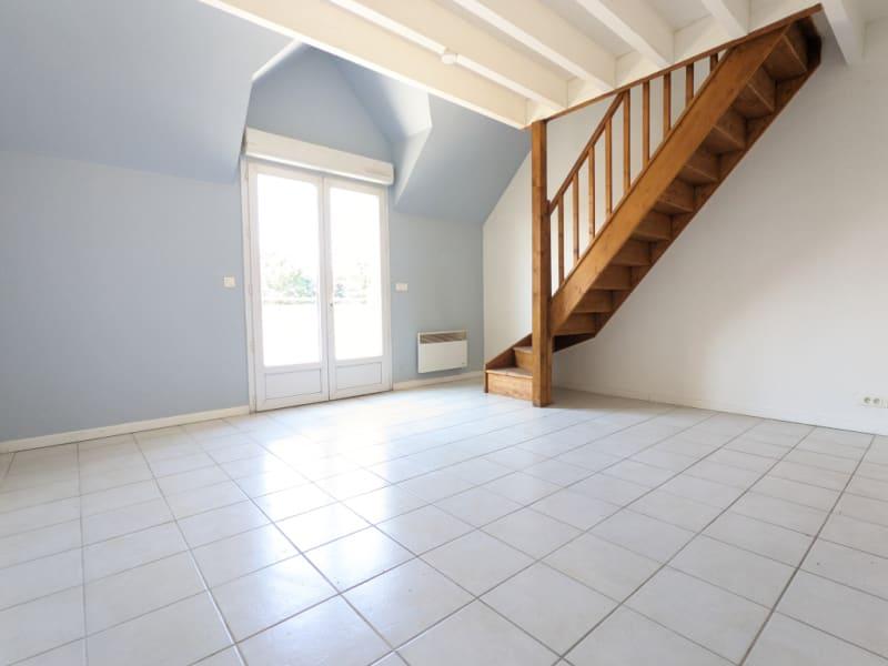 Rental apartment Pierrelaye 687€ CC - Picture 2