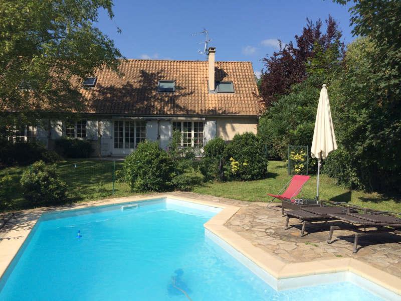 Rental house / villa Lissieu 2215€ CC - Picture 1