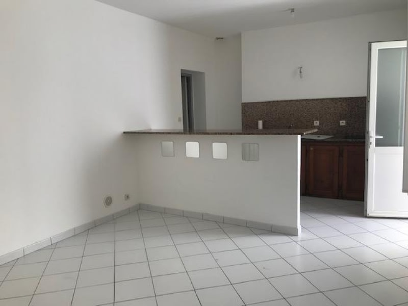 Location appartement Bordeaux 554,12€ CC - Photo 1