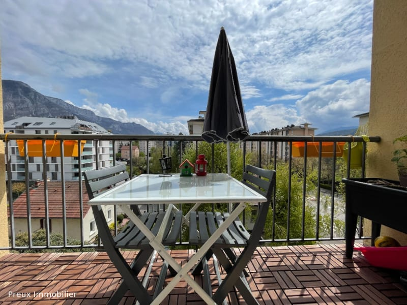Sale apartment Annecy 320 000€ - Picture 2
