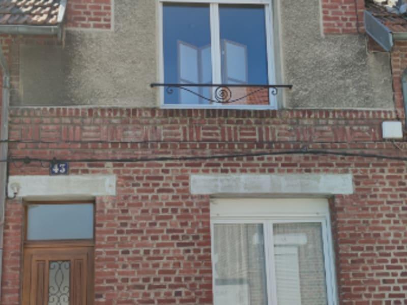 Rental house / villa Saint quentin 610€ CC - Picture 5