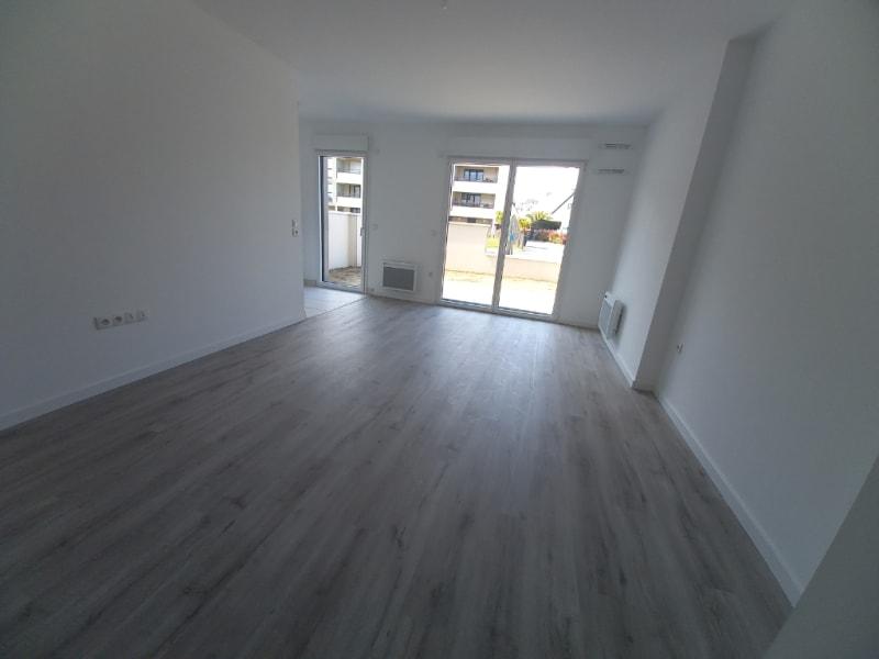 Rental apartment Saint malo 418,61€ CC - Picture 2