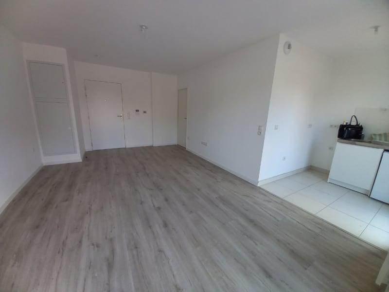 Rental apartment Saint malo 418,61€ CC - Picture 3