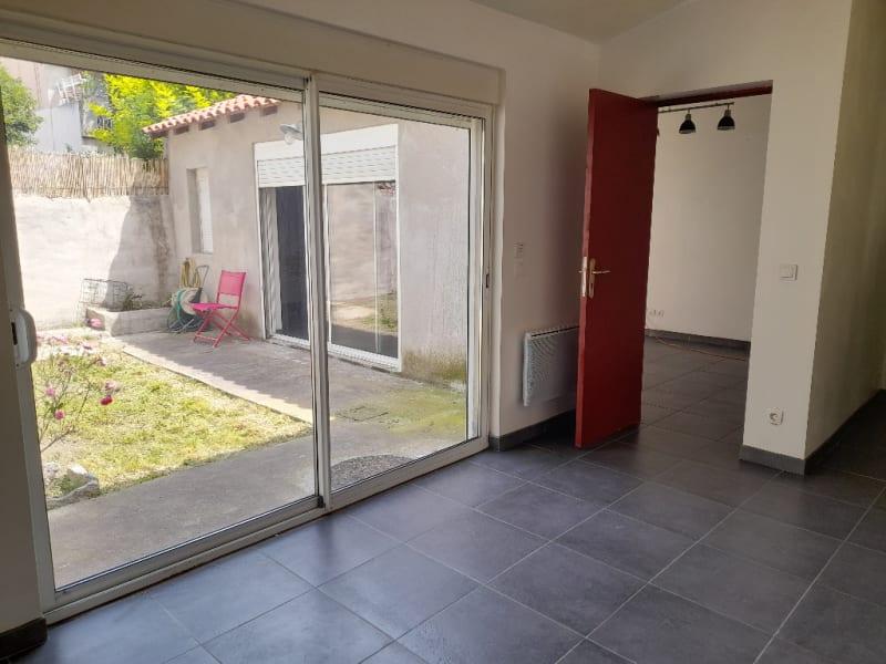 Location appartement Marseille 14ème 590€ CC - Photo 2