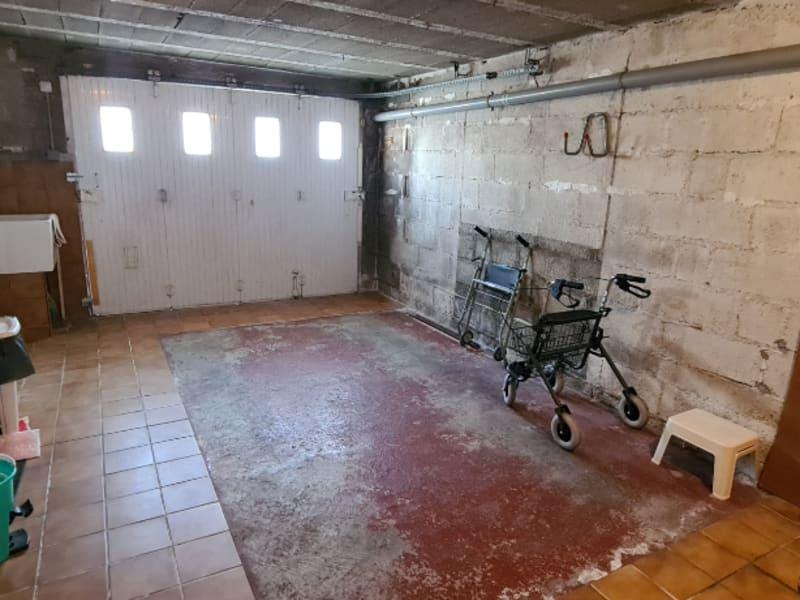 Sale house / villa Quimper 217300€ - Picture 8