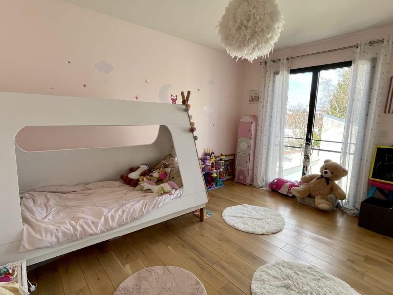 Sale house / villa Le raincy 698000€ - Picture 8