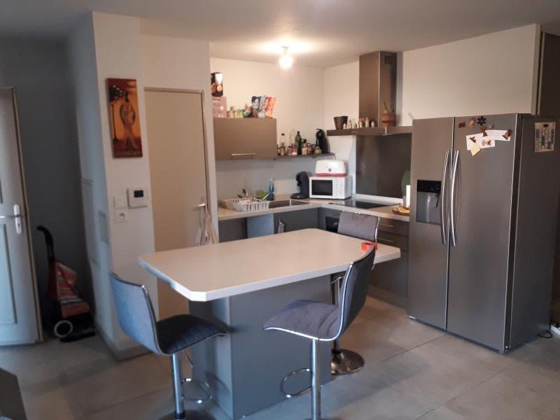 Location appartement St pierre 1001€ CC - Photo 2