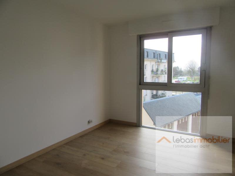 Location appartement Yvetot 627€ CC - Photo 3