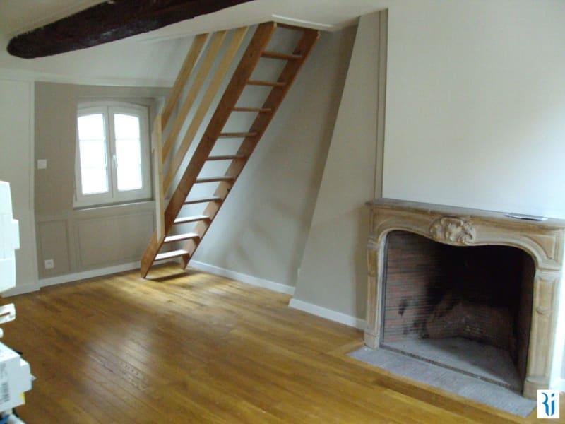 Rental apartment Rouen 558€ CC - Picture 1