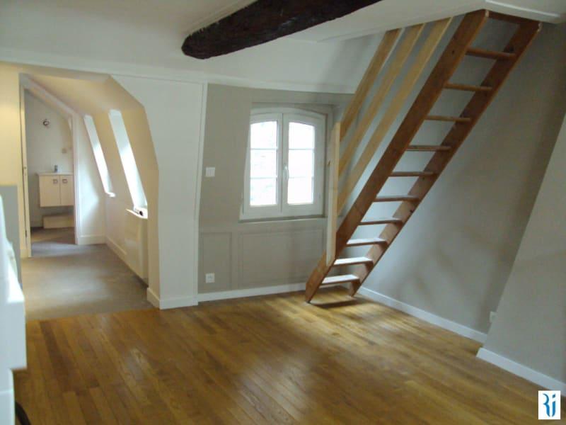 Rental apartment Rouen 558€ CC - Picture 2