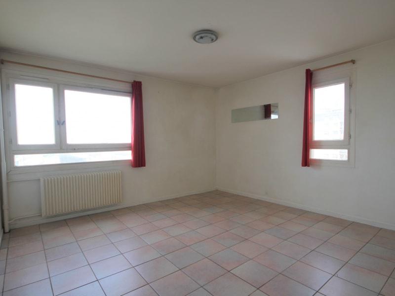 Rental apartment Paris 18ème 1300€ CC - Picture 4