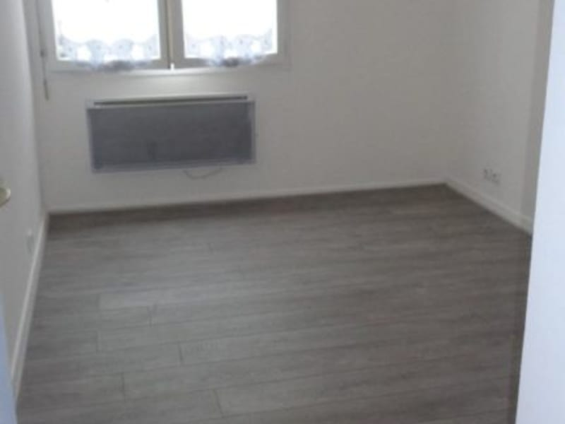 Rental apartment Livry gargan 850€ CC - Picture 8