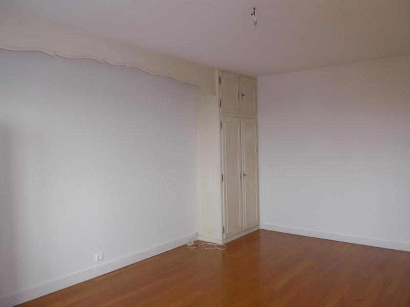 Location appartement Lyon 8ème 814€ CC - Photo 10