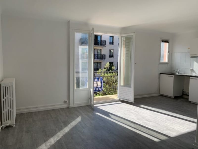 Rental apartment Le plessis-robinson 730€ CC - Picture 1