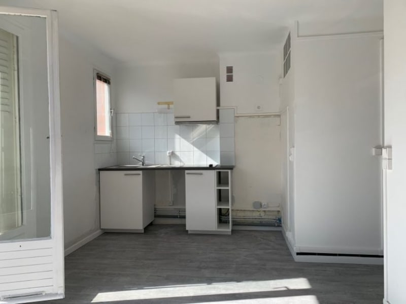 Rental apartment Le plessis-robinson 730€ CC - Picture 2