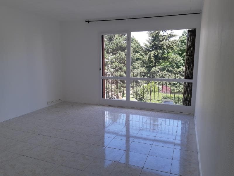 Sale apartment Palaiseau 168000€ - Picture 1