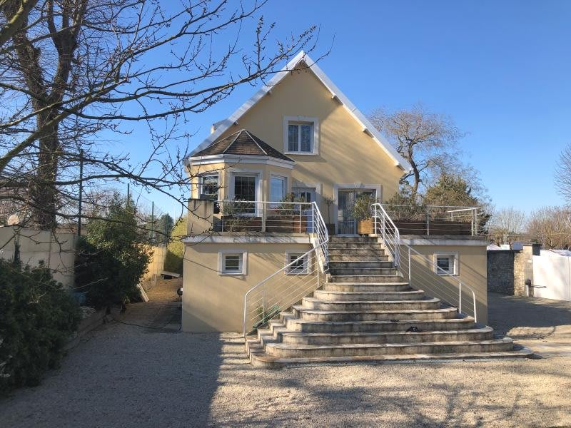 Sale house / villa Triel sur seine 945000€ - Picture 1