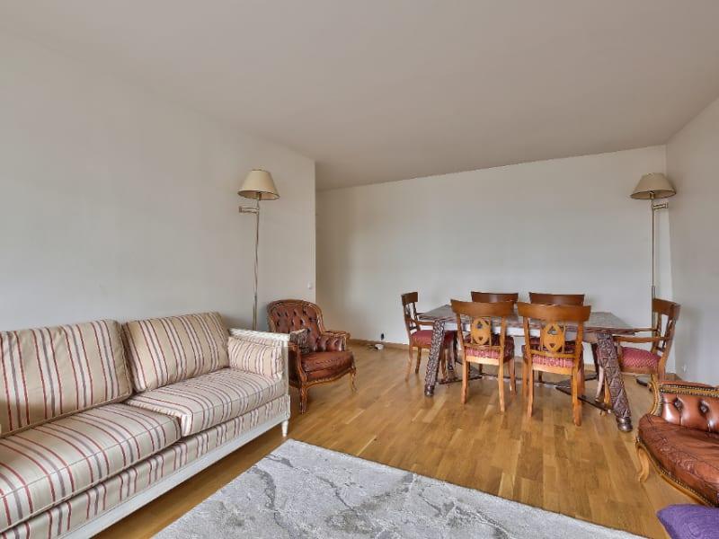 Sale apartment Courbevoie 650000€ - Picture 3