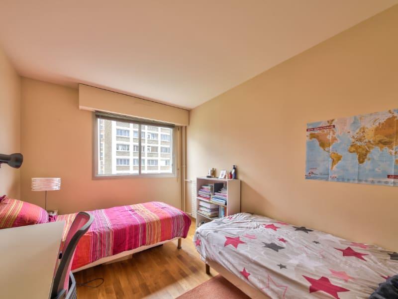 Sale apartment Courbevoie 650000€ - Picture 4