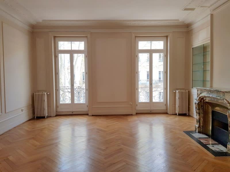 Rental apartment Lyon 3ème 2476€ CC - Picture 5