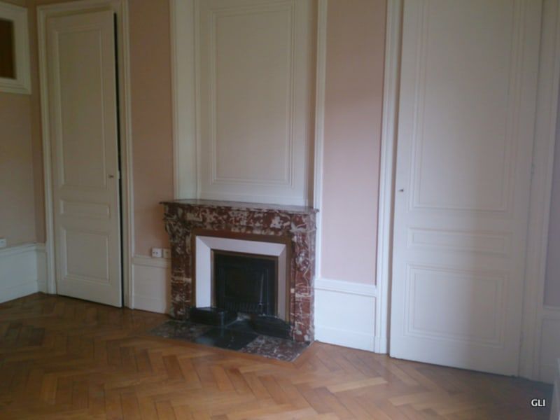 Location appartement Lyon 6ème 640€ CC - Photo 3