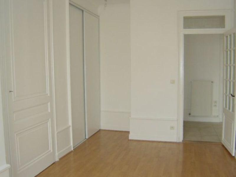 Rental apartment Lyon 6ème 858€ CC - Picture 5