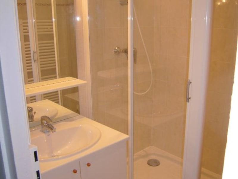 Rental apartment Lyon 6ème 858€ CC - Picture 6