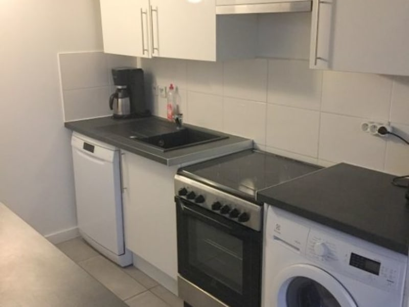 Rental apartment Lyon 3ème 990€ CC - Picture 2