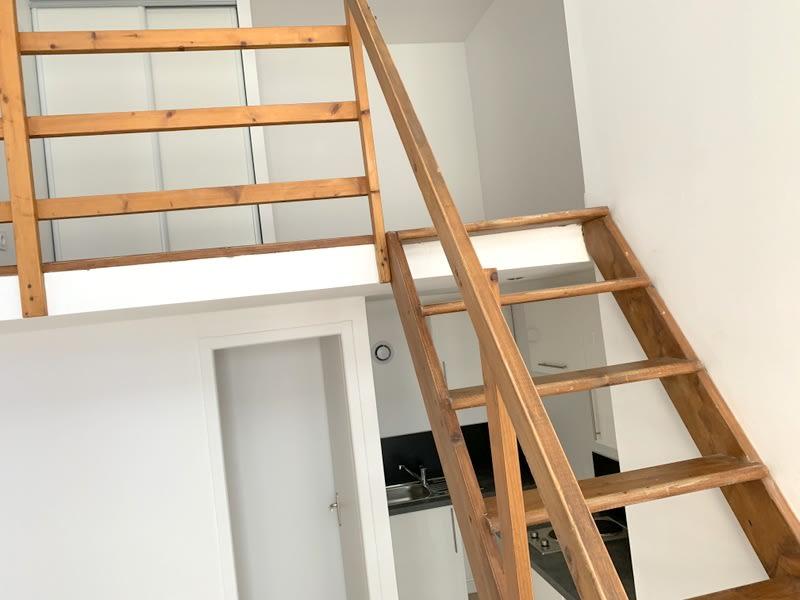 Rental apartment Lozanne 280€ CC - Picture 4