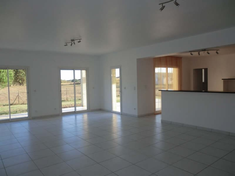 Rental house / villa St jory 1097€ CC - Picture 1