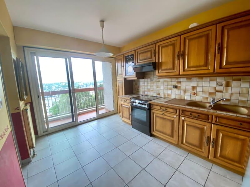 Sale apartment Voiron 165000€ - Picture 3