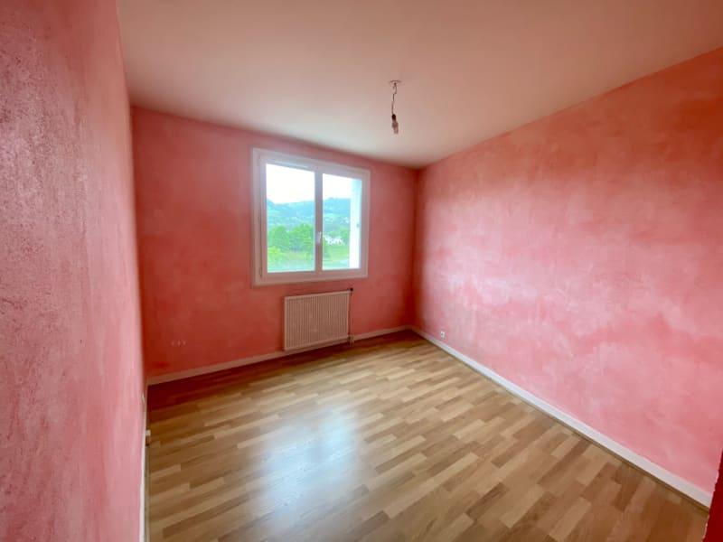 Sale apartment Voiron 165000€ - Picture 4