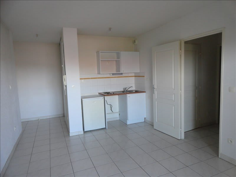 Rental apartment Lunel 554€ CC - Picture 4