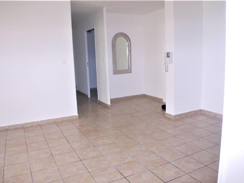 Sale apartment Marseille 3ème 149500€ - Picture 2