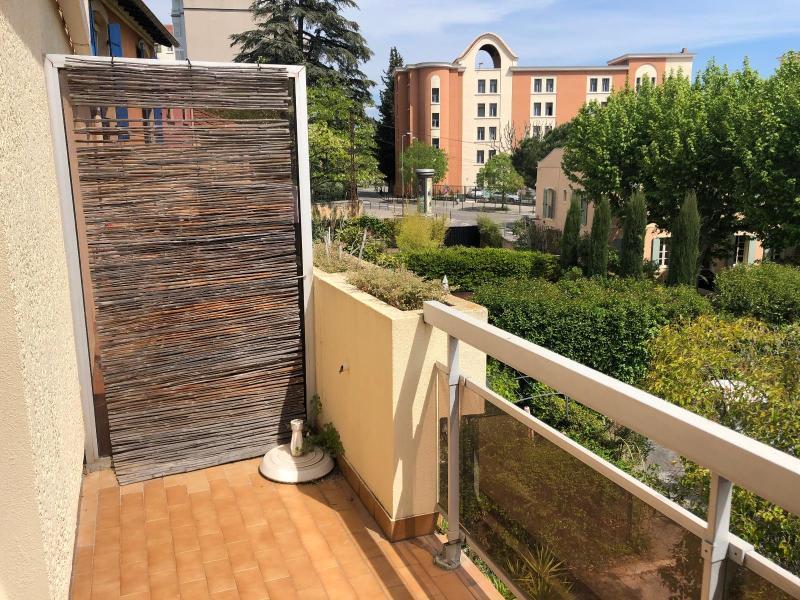 Rental apartment Aix en provence 620€ CC - Picture 2