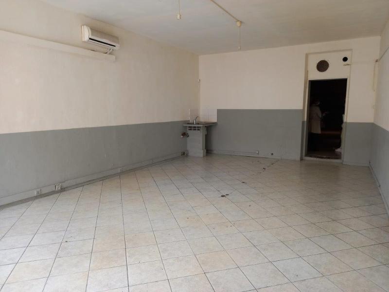 Location local commercial Marseille 16ème 650€ HC - Photo 1