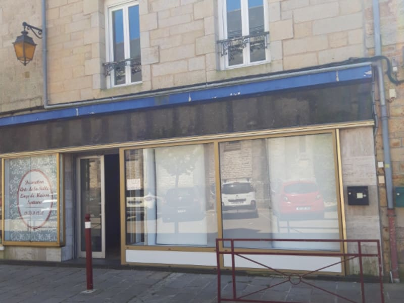 Location local commercial Plumelec 370€ HC - Photo 1