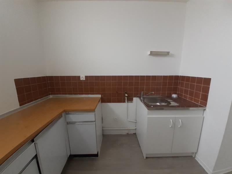 Rental apartment Lyon 3ème 840€ CC - Picture 4