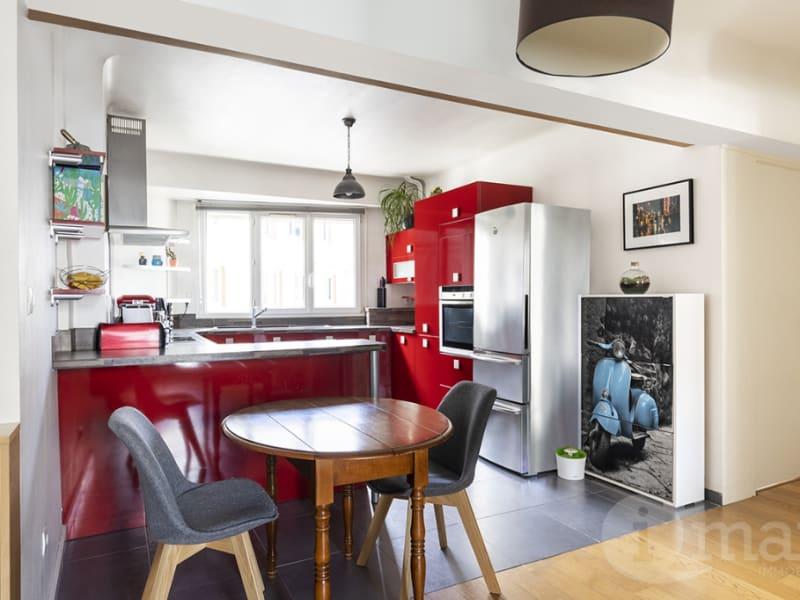 Sale apartment Courbevoie 520000€ - Picture 2